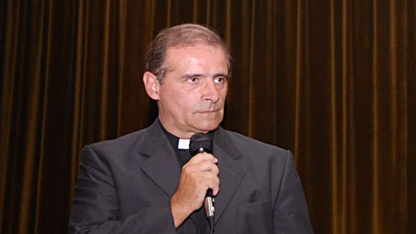 http://valoresreligiosos.com.ar/Imagenes/Noticias/2160/gmain.jpg